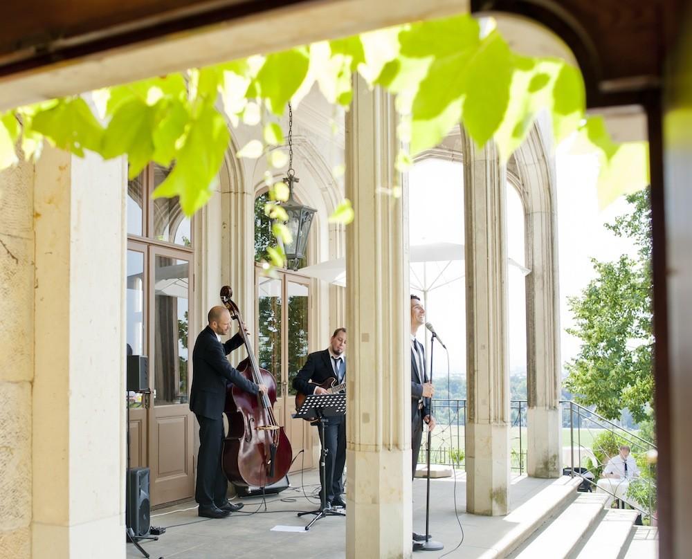 Hochzeitsband Vocal Invitation aus Berlin im Schloss Eckberg Dresden