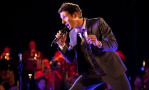 Björn Missal als Sänger der Galaband Vocal Invitation