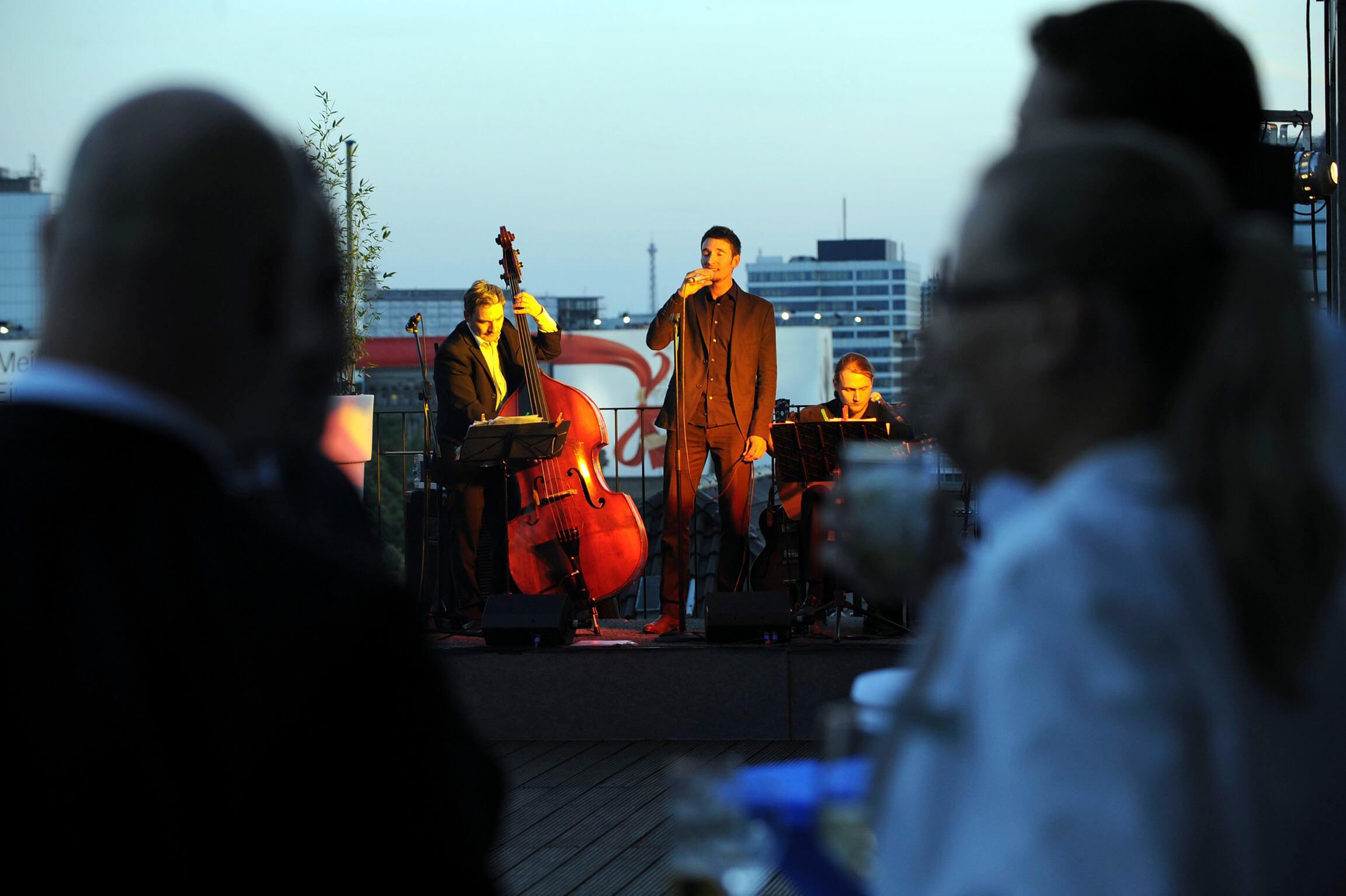 Jazzband Sommerfest Dachterrasse buchen