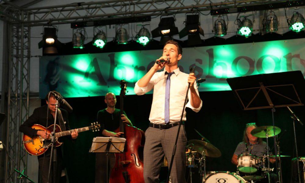 Tanz Band beim Konzert