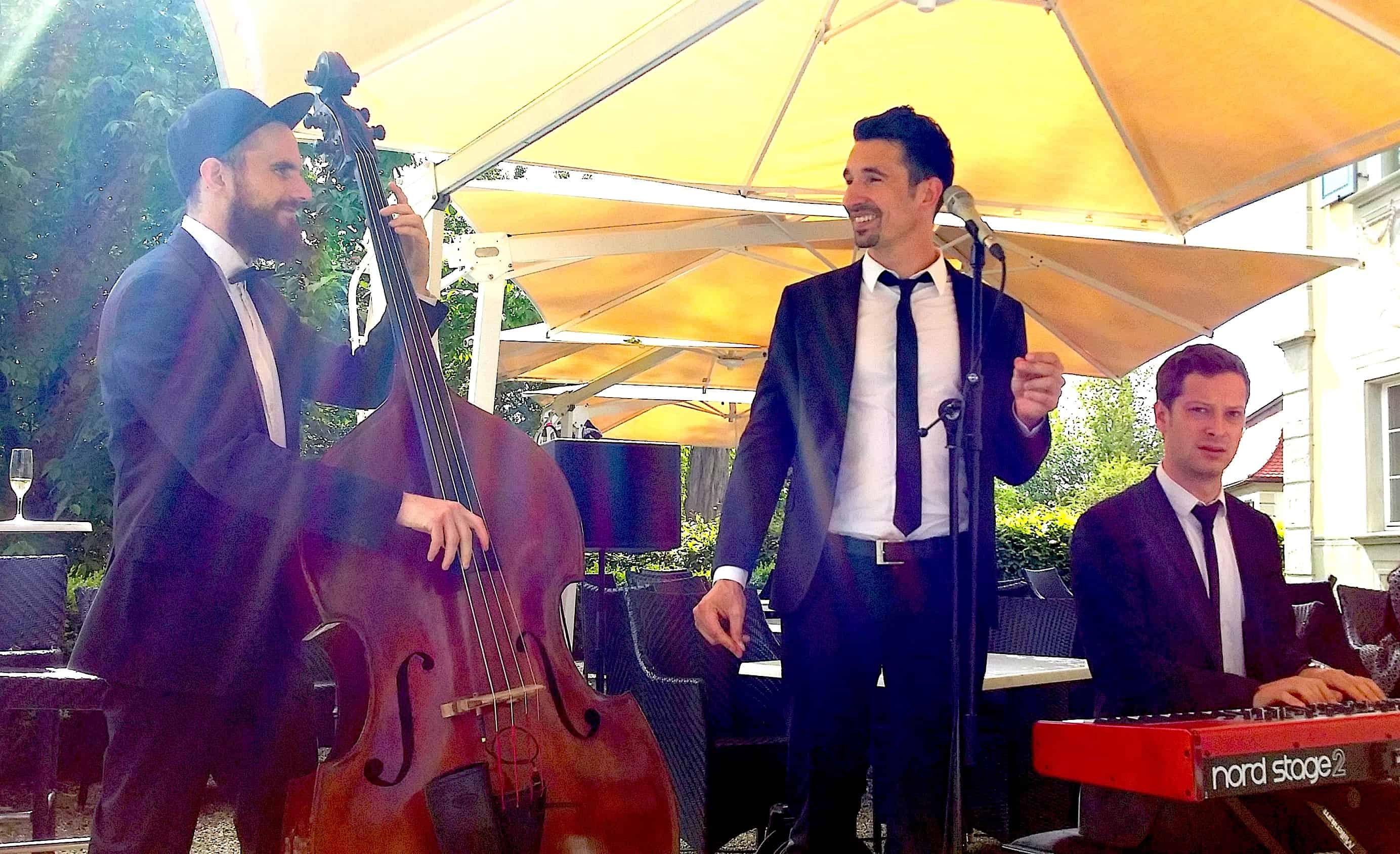 Hochzeitstrio mit Pianist