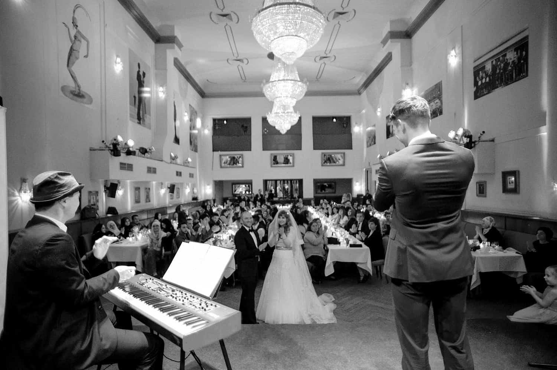 Partyband für Hochzeit Eröffnungstanz