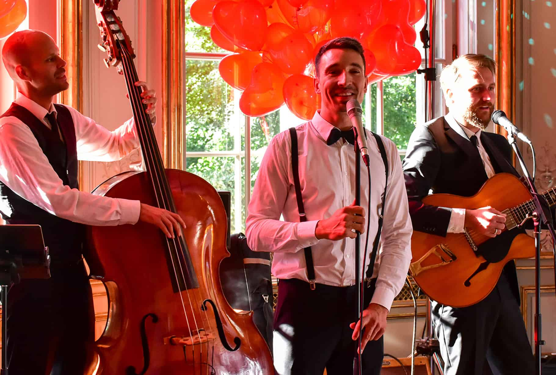 Unvergesslich feiern – mit dieser stilvollen Hochzeitsband in Augsburg